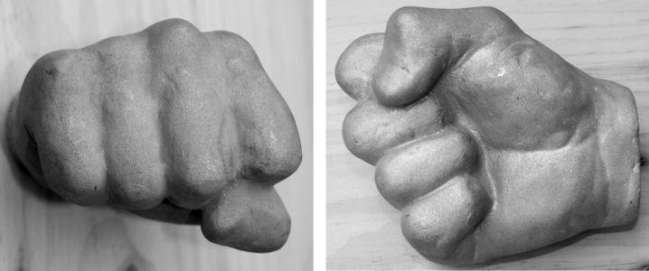 sculpture de poing